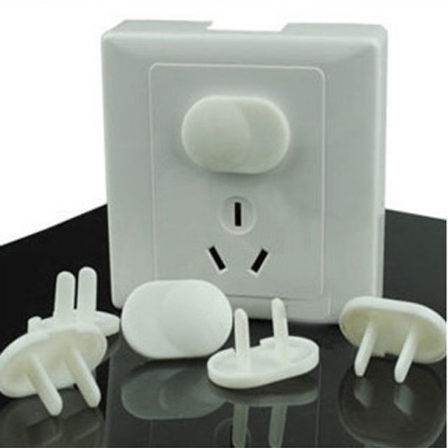 Useful Safe Protective Plastic Socket Cover