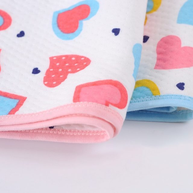 Heart Patterned Baby's Changing Pad